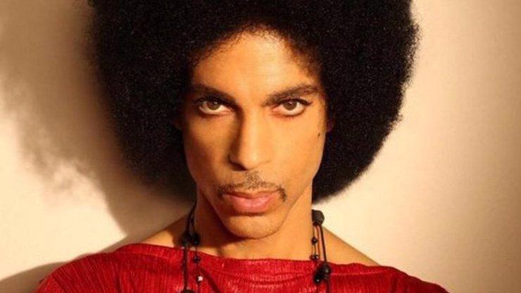Uběhly čtyři roky od smrti zpěváka Prince: O její příčině se dlouho spekulovalo