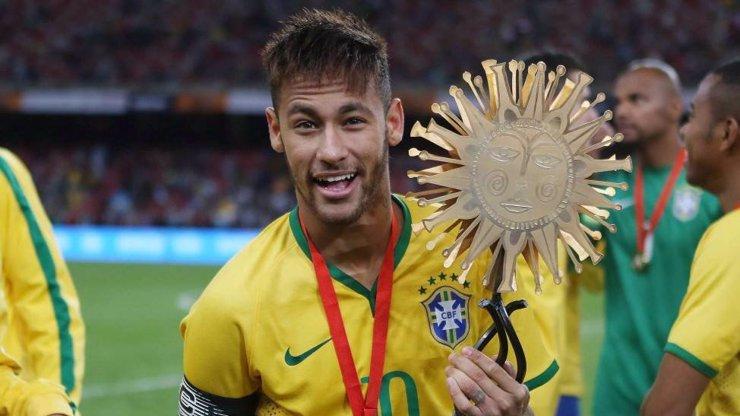Neymar dostal příspěvek pro zasažené koronavirem: Fotbalový miliardář to popírá