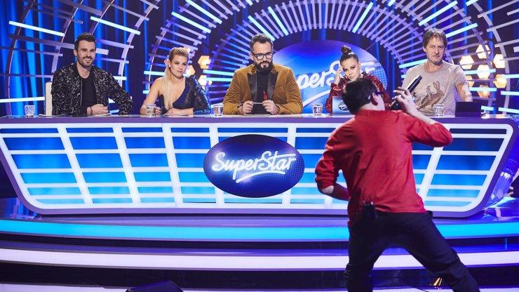 Český Van Damme v SuperStar 2020: Soutěžící předvede roznožku a pořádně se zapotí