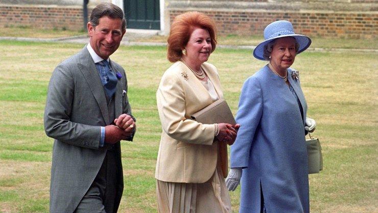 Královna Alžběta II. v slzách: Zemřela její milovaná sestřenice lady Elizabeth Shakerley