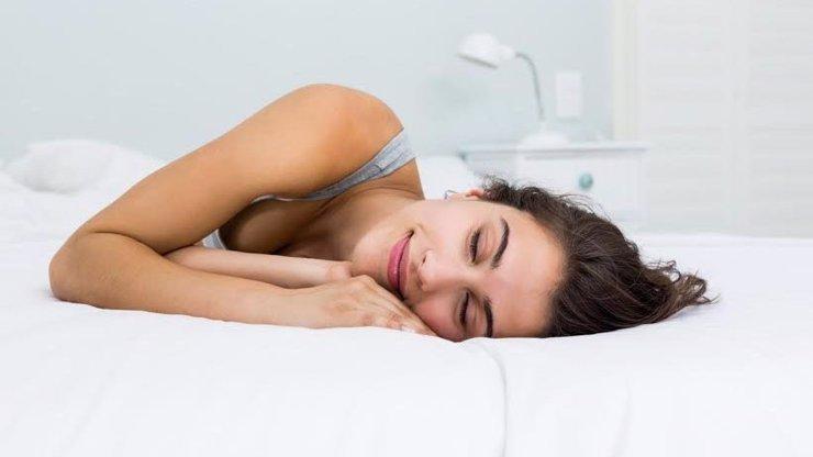 Co o vás prozradí pozice, ve které spíte? Budete překvapení!