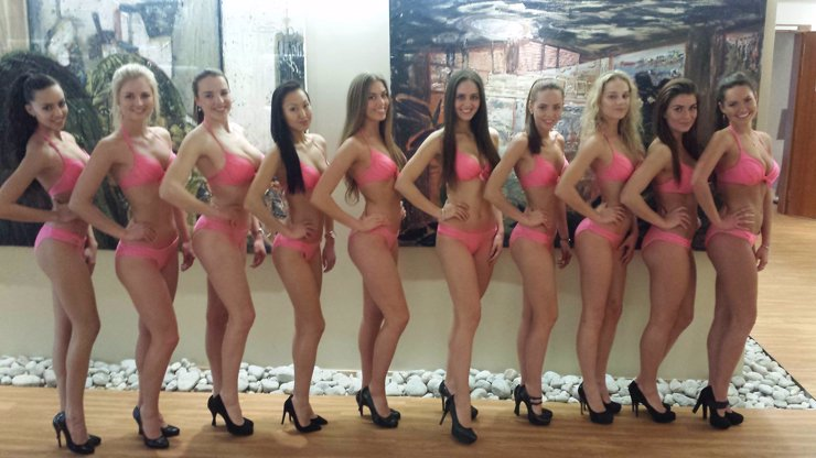 Tohle je 10 nejkrásnějších dívek Česka: Která z nich se zítra stane SUPERMISS?