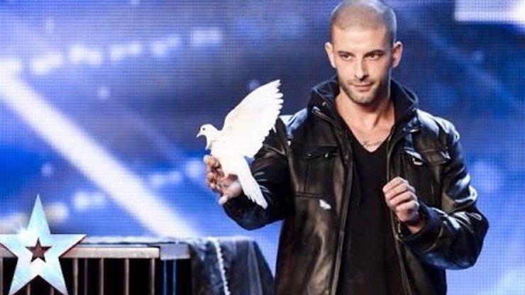 Tohle u nás neuvidíte: Do britského Talentu přišel kouzelník s holubicemi a předvedl něco neuvěřitelného
