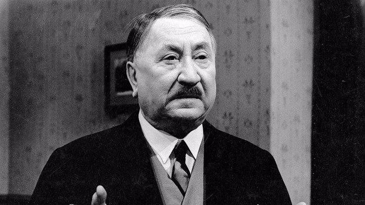 Jaroslav Marvan v seriálu Hříšní lidé města pražského.