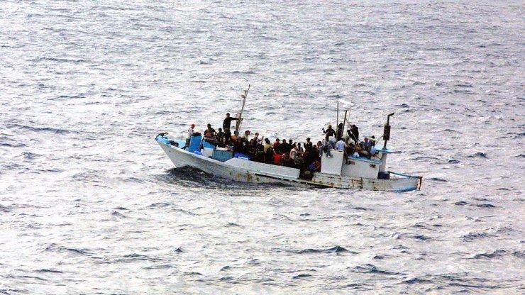Migranti vzali zpátečku kvůli koronaviru: Z Evropy utíkají a stojí je to mnohem víc