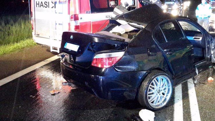 Děsivá nehoda na jihu Čech: Mladík (†29) v BMW skončil v protisměru, zemřel na místě