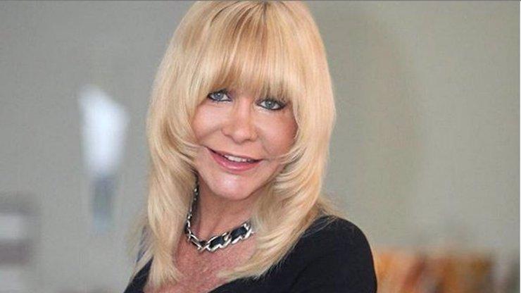 Dáma z filmů pro pány Dolly Buster (49) musela do léčebny: Je závislá