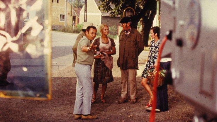 Unikátní fotografie z natáčení Chalupářů: 5 fotek, které desítky let čekaly na objevení!