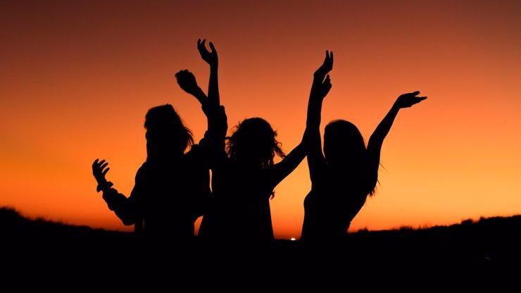 Denní horoskop na úterý: Berani naplánují dovolenou, Střelci se musí omluvit