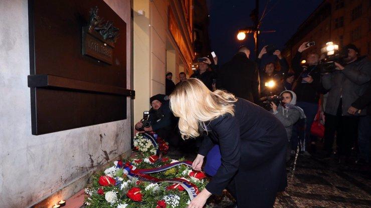 Oslavy 17. listopadu: Atmosféru rozbouří několik demonstrací, například proti covidismu