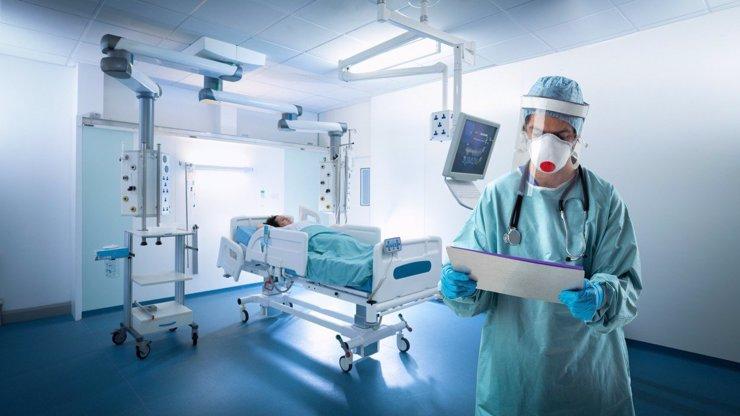 Stoupající čísla hrůzy: Koronavirus si vzal přes 30 tisíc lidských životů