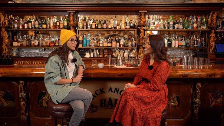 Extra Host Eva Burešová: Umím se na člověka napojit tak, že cítím jeho bolest