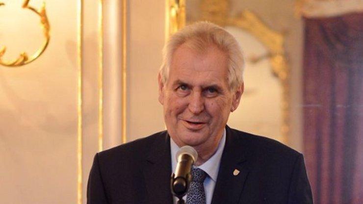 Prezident Miloš Zeman poslal občanům Česka vzkaz: Radujte se ze života