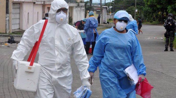 Začal hon za původem koronaviru: Do Wu-chanu dorazili experti WHO, Čína se tomu bránila
