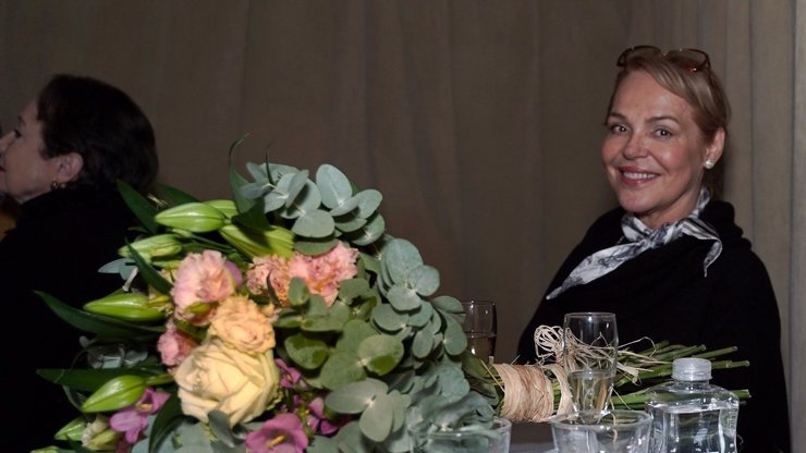 Stovky roušek a nic za to nechce: Dagmar Havlová šije dál a děkuje svým pomocníkům
