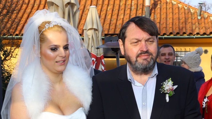 Svatba Koktových: Prodali ji, stejně jako nedávno Ornellčinu ochlupenou fifinku! Kolik dostali a jak s tím souvisí Babiš?