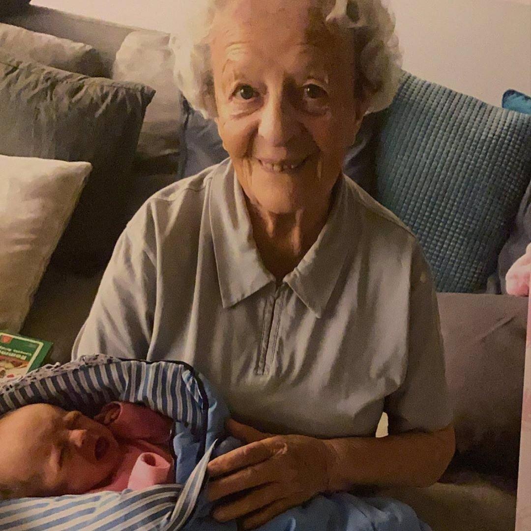 Dcera Prachařových slaví 3 roky: Pyšná Agáta zveřejnila střípky z rodinného archivu