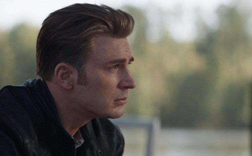 Chris Evans měl psychické problémy: Roli Kapitána Ameriky několikrát odmítl kvůli úzkostem
