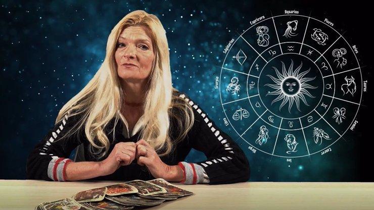 Horoskop na Štědrý den: Kozoroha čekají problémy s prarodiči, Ryby se budou hroutit