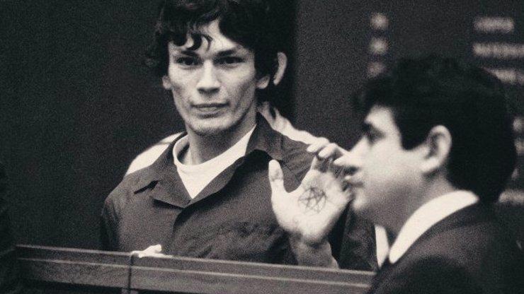 Richard Ramirez loupil, znásilňoval a zabíjel: Mezi jinými vrahy vynikal brutalitou a zápachem z úst