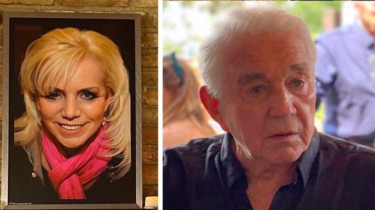 Žalem ztrhaný vdovec Jiří Krampol: Exkluzivní snímky z posledního rozloučení s jeho ženou