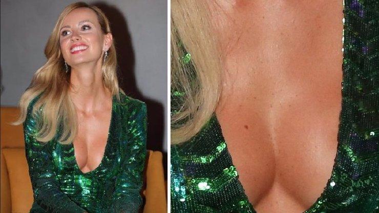 Ester Berdychová je v Monaku za zmatenou paničku a výstavní prsa ji od trapasu nezachrání! Jsou vůbec přírodní?