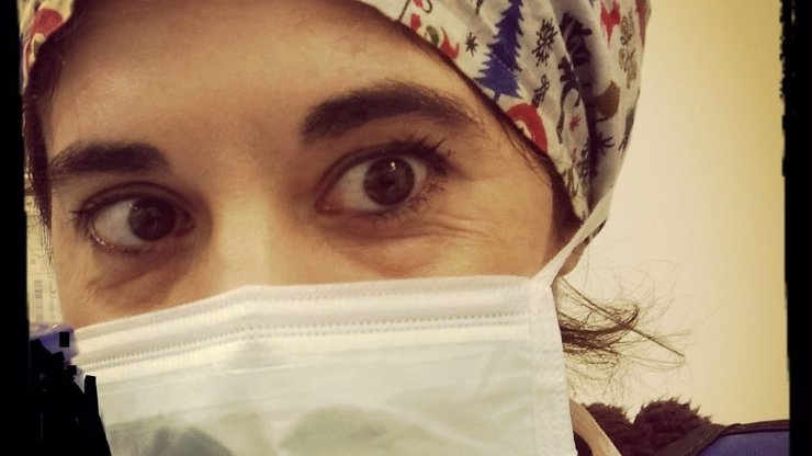 Dvě zdravotní sestry si vzaly život kvůli koronaviru: Jedna z nich nechtěla nakazit ostatní