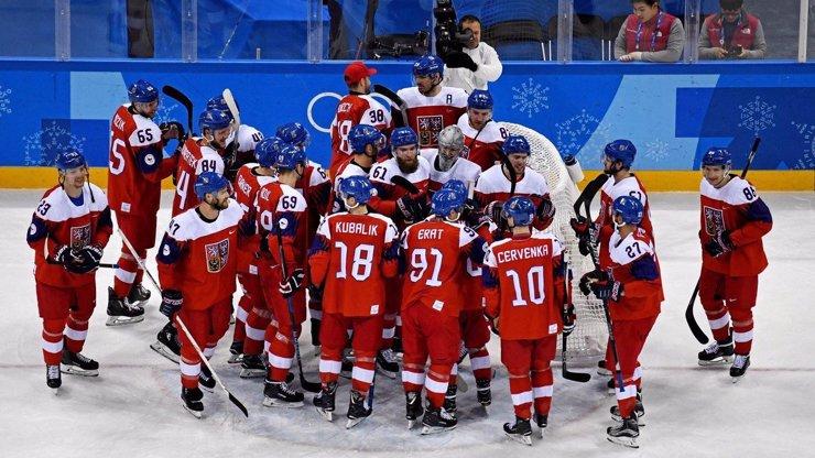 Trapas na olympiádě: Rusové chtěli červené dresy. Nabídli ubohý úplatek a Češi se jim vysmáli!