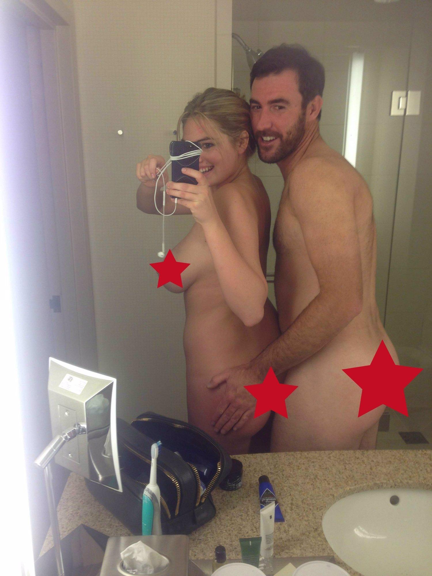 ZAKÁZANÉ FOTKY! Tyhle snímky Jennifer Lawrence nebo Kim Kardashian neměl nikdo vidět! Ukradli je ale hackeři. Podívejte se!