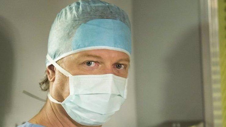 Ordinace v Růžovce má posilu! Holky, poznáte slavné oči nového gynekologa ze Slovenska?