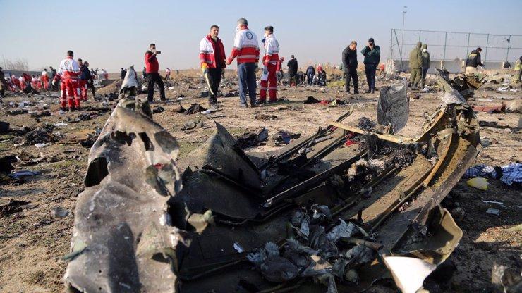 Svět se dozvídá krutou pravdu: Podle tajných služeb byl letoun v Íránu omylem sestřelen