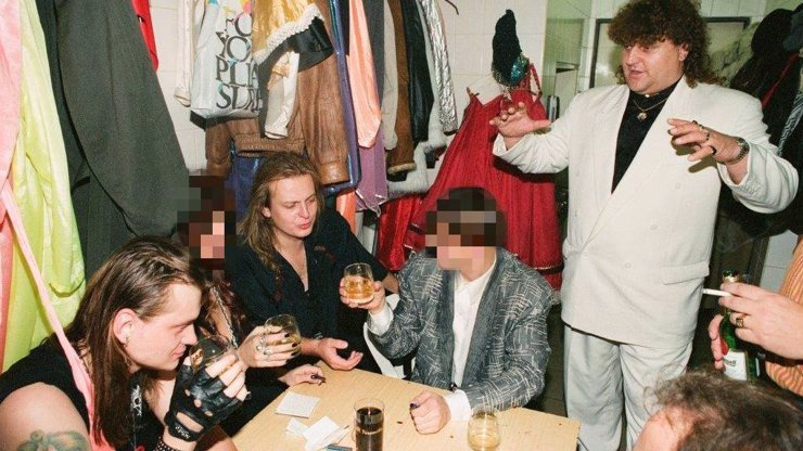 Retro z roku 90, které vás rozseká: Backstage Discolandu, kde Jonák hostí šoubyznys! Budete zírat, kdo se tam přimotal!