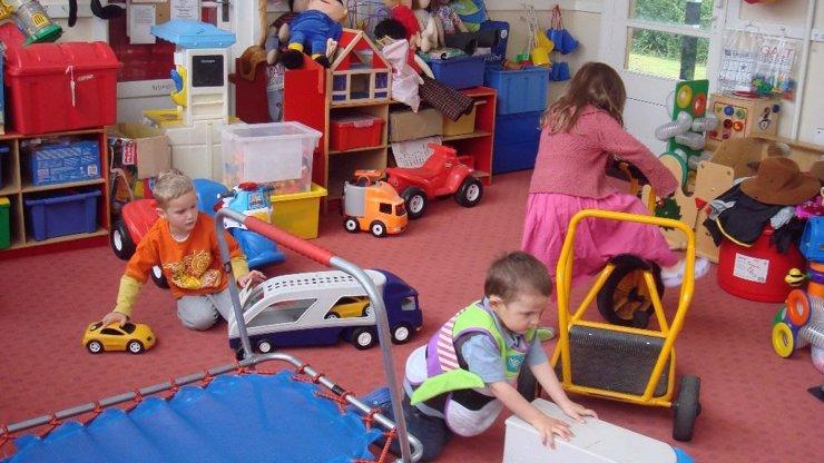 Také si přejete, aby v dětském pokoji bylo alespoň občas uklizeno?