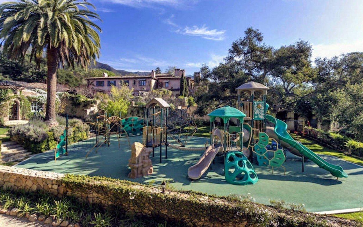 Meghan Markle a princ Harry si pořídili luxusní sídlo: Vinárna, herna, dětské hřiště i kino!