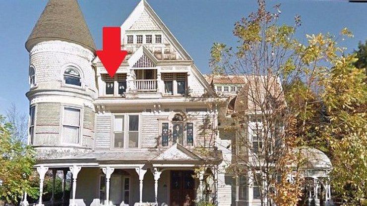 Tenhle dům je za hubičku, ale nikdo ho nechce: Obrovský problém číhá v tomto okně!