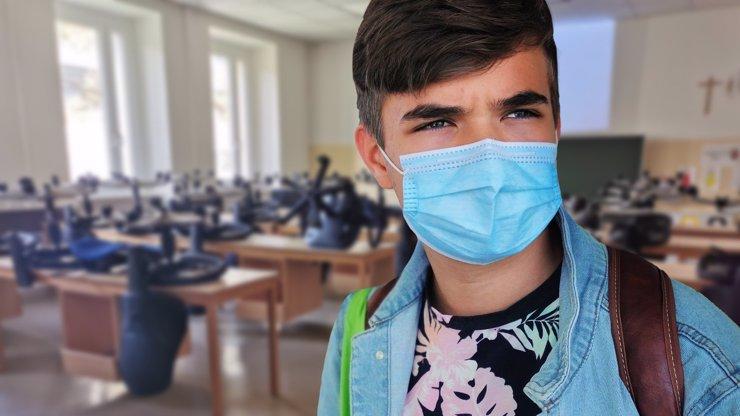 Návrat žáků do škol: Plaga oznámil datum i pro maturanty a vysokoškoláky