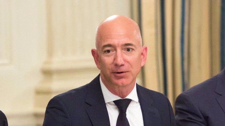Jeff Bezos daroval 10 miliard dolarů: Nejbohatší muž světa zachraňuje planetu