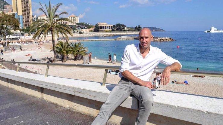Jan Koller před zimou a koronavirem prchnul do Monaka. Takhle si teď žije nejlepší reprezentační střelec