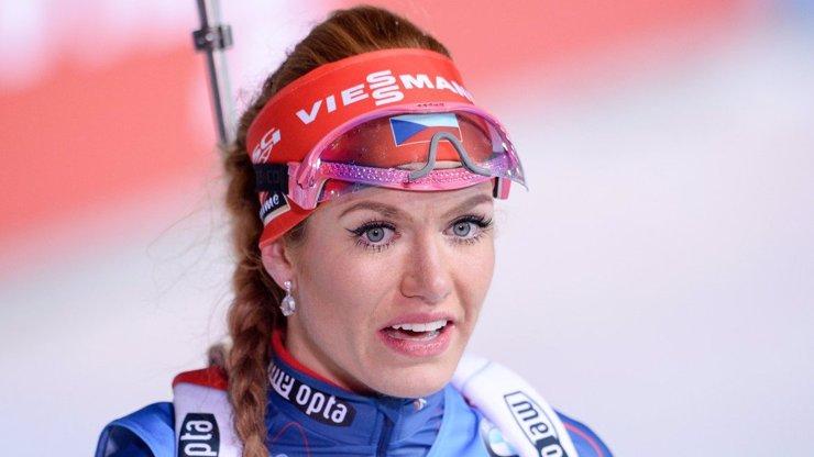 Česká biatlonistka Gabriela Soukalová má zdravotní potíže. Pojede na olympiádu?