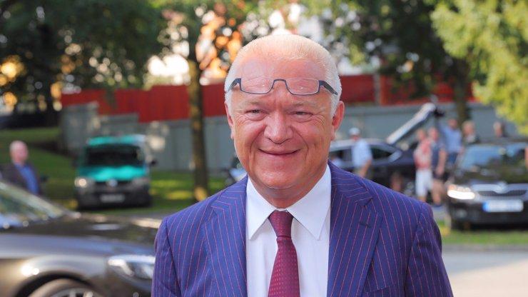 Udělalo se mi blbě: Jaroslav Faltýnek po debatě v televizi skončil v nemocnici