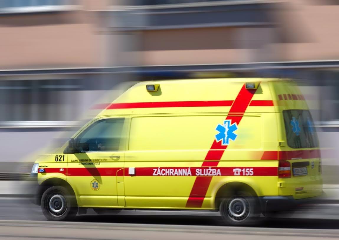 Tragická smrt chlapečka (†1) na jihu Čech: Matka s ním vypadla z okna!
