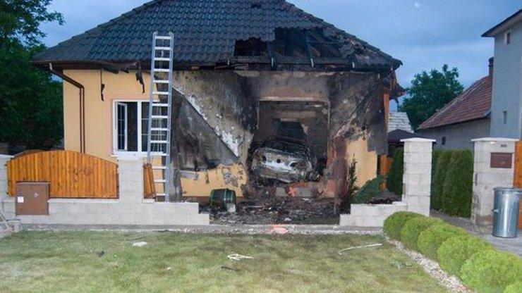 Manželská hádka na Slovensku skončila tragédií: Otec rodiny najel vozem do dětského pokoje