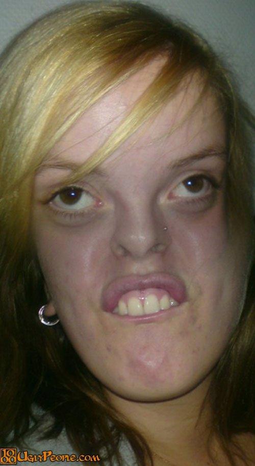 20 nejošklivějších žen na světě se předvádí! To je tedy podívaná!