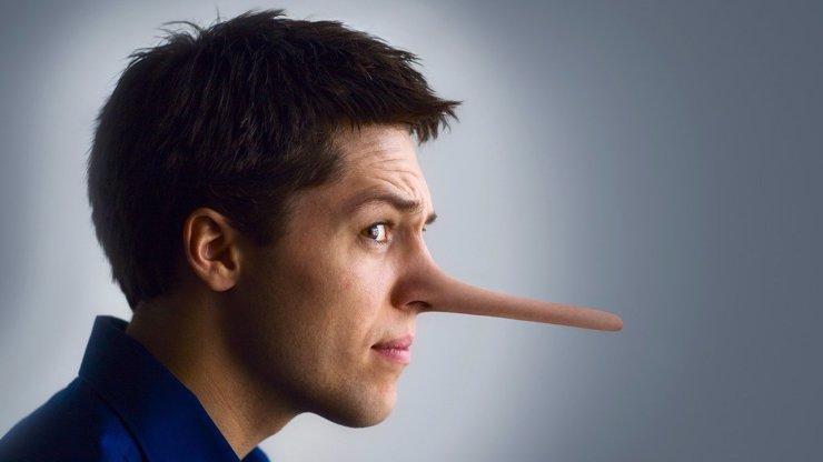 5 signálů, díky kterým odhalíš každého lháře!