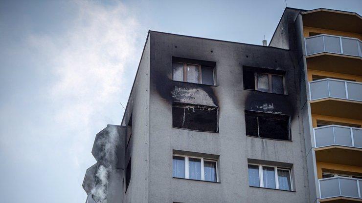 Devět měsíců od požáru v Bohumíně: Dojemná slova paní Boženy, která přišla o dceru a vnučku