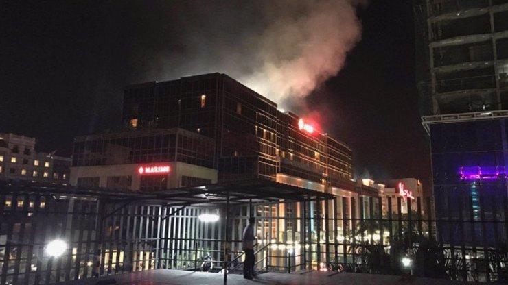 Po útoku na kasino v Manile zemřelo 36 lidí: Nejednalo se o terorismus, ale loupežné přepadení!