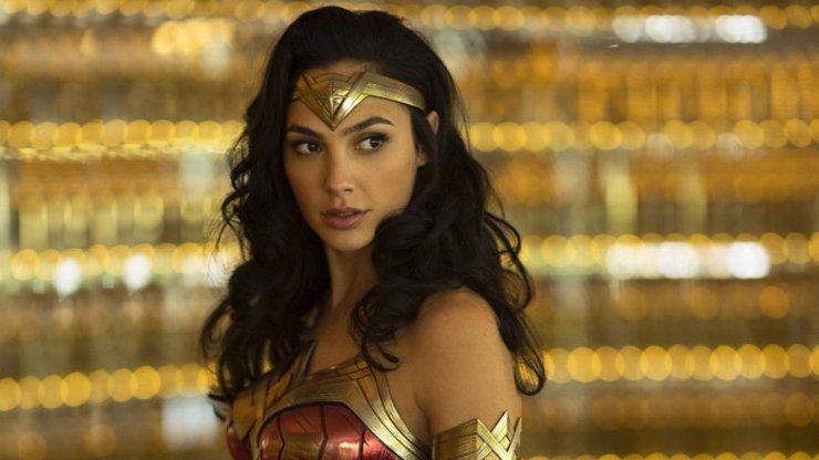 Gal Gadot slaví 35: Kráska s československými kořeny se z miss stala Wonder Woman