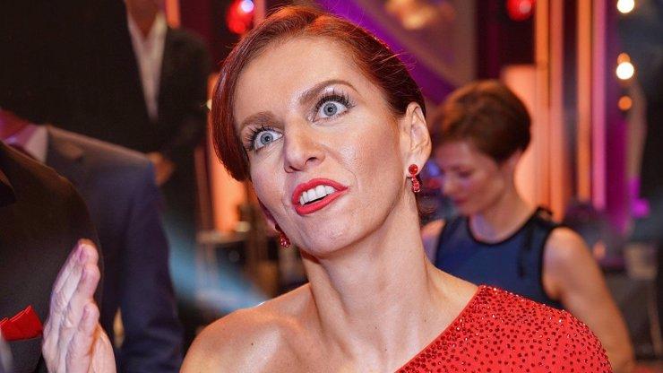 168 výrazů: Takhle emotivně reagovala Nora Fridrichová na vyhazov ze StarDance