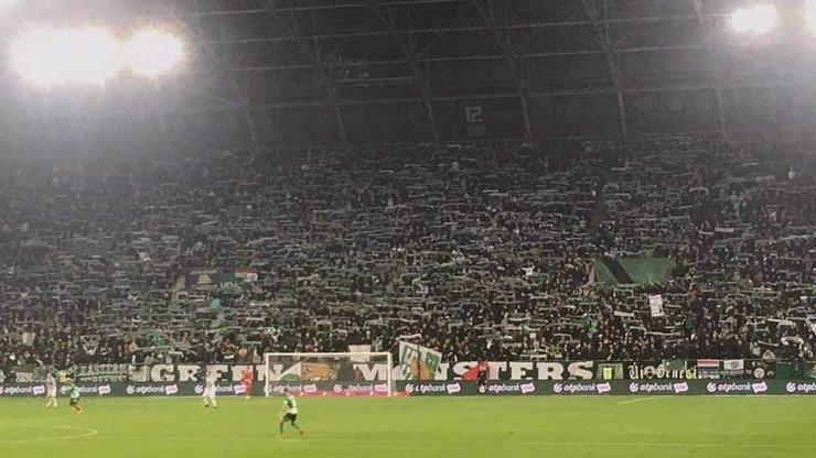 Hazard s lidskými životy? Fotbalový stadion během derby praskal ve švech