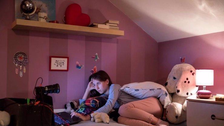 Anežka Pithartová z dokumentu V síti: Během pár vteřin jsem dostala hnusné snímky